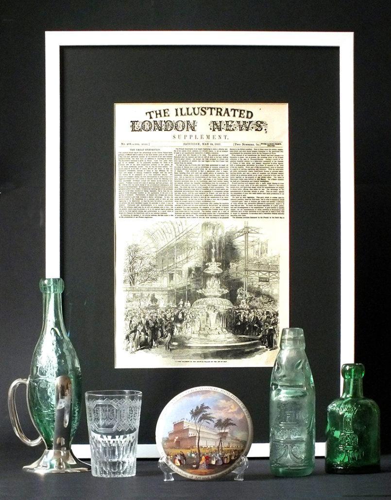 Die Londoner Industrieausstellung 1851 (Great Exhibition) im Crystal Palace war die erste Weltausstellung mit 17000 Ausstellern auf 105.000 qm.Ein 8 Meter hoher Brunnen aus Kristallglas, gesponsort von J.Schweppe & Co, erfrischt mit sprudelndem Wasser die Besucher aus aller Welt.