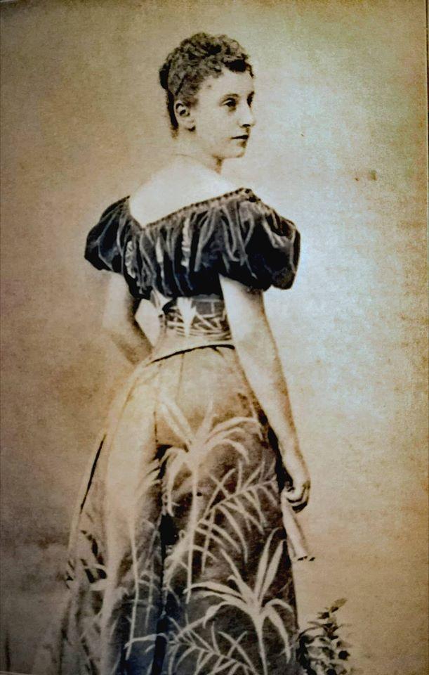 Prinzessin Feodora zu Schleswig-Holstein-Sonderburg-Augustenburg  im Alter von 18 Jahren, (c) Photo: Archiv Thomas Weiberg