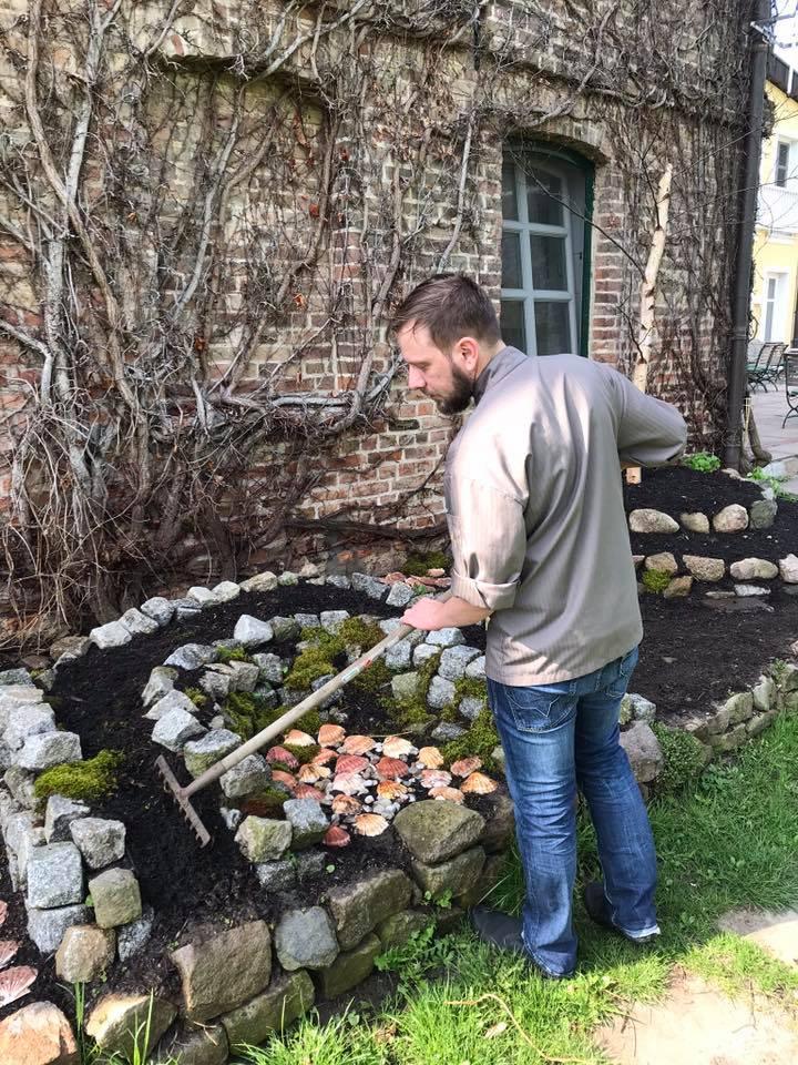 Im Gutshaus Stolpe wird der Koch zum Gärtner, (c) Gutshaus Stolpe